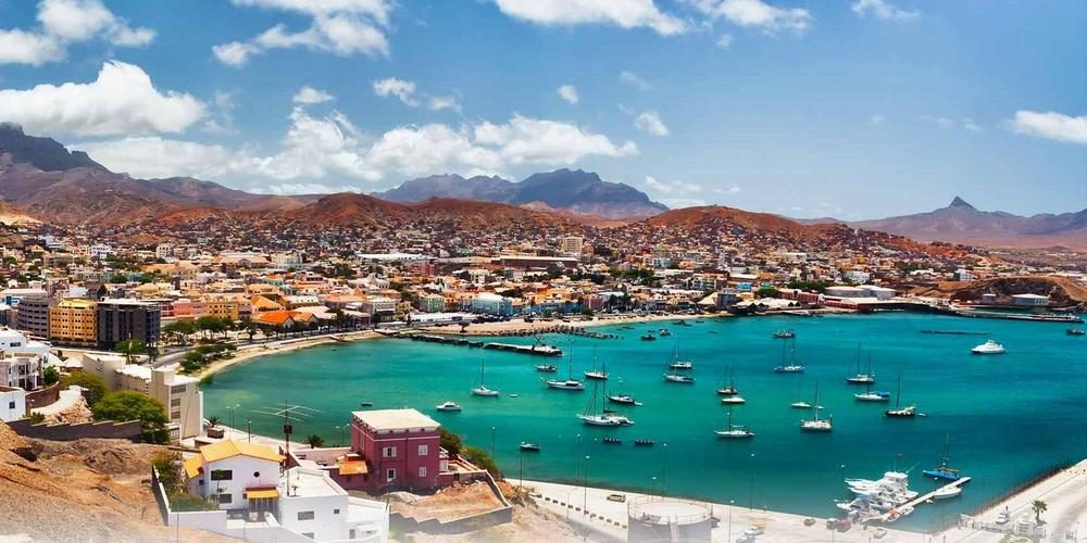 MTS Globe (Boa Vista, Cape Verde)