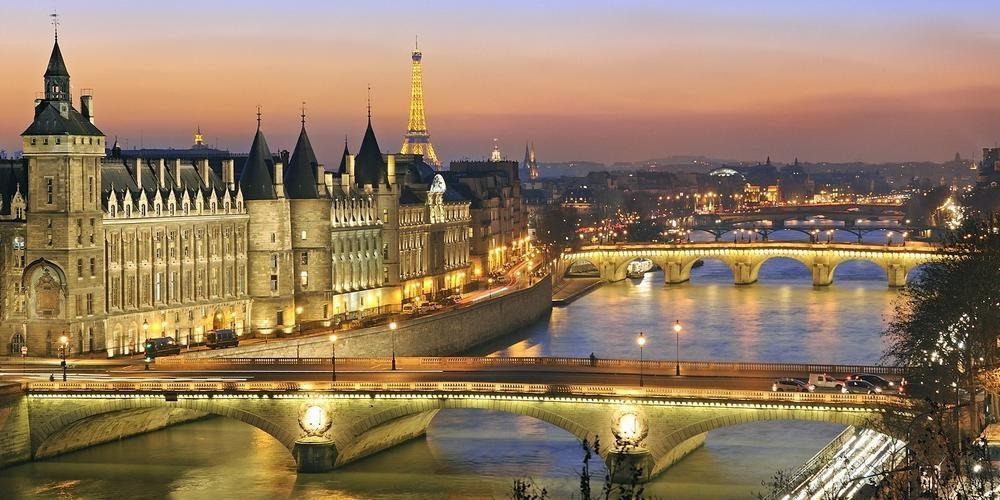 Pacific World (Paris, France)