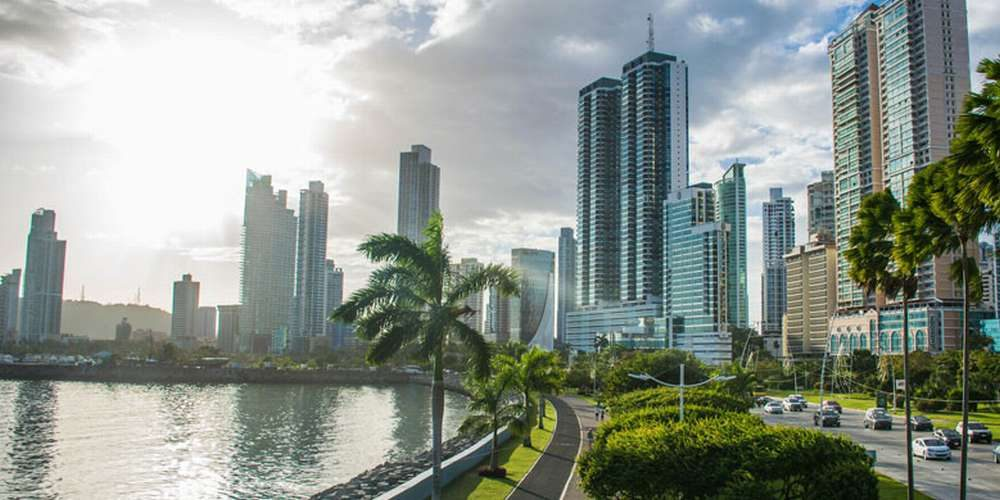 Condor Verde (Panama City, Panama)