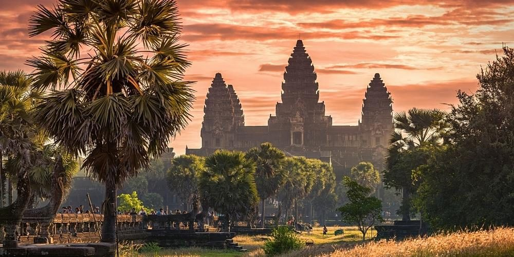 Tour East (Siemreap, Cambodia)