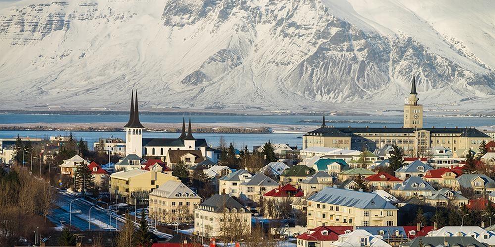 Iceland Travel (Reykjavik, Iceland)
