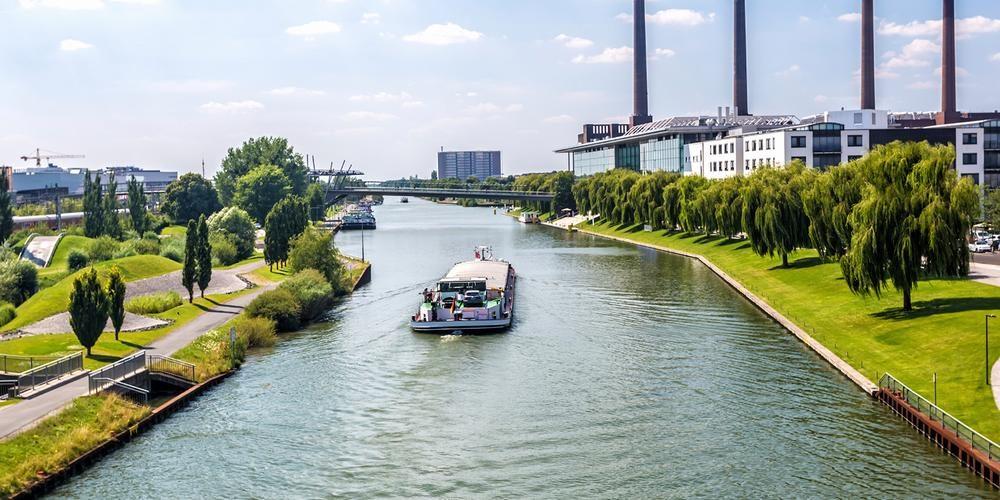 Wolfsburg Wirtschaft und Marketing (Wolfsburg, Germany)